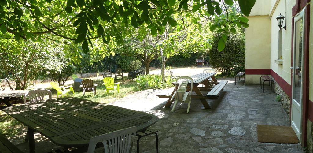 Le Refuge du Nebuzon3-Terrasse-ombrag--e Le Refuge du Nebuzon