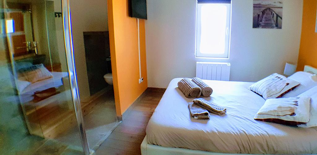 Chambres d'hôtes Villa Alyzea à Bessan - Chambre Syrah 2019-Villa Alyzea