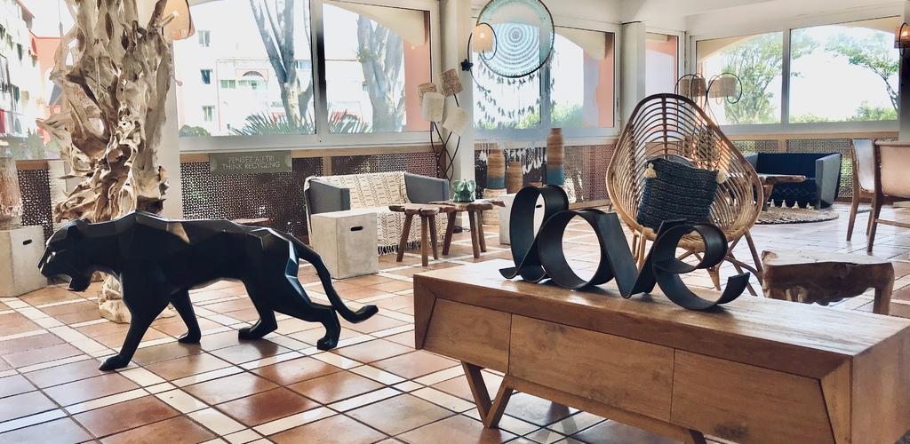 Capao Beach Hôtel au Cap d'Agde - Hall de l'hôtel Sonia Rozum