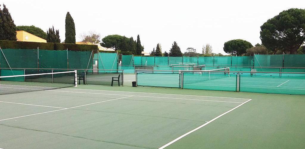 Hôtel Tennis International ** au Cap d'Agde - Courts de tennisennis Hôtel Tennis International - Cap d'Agde
