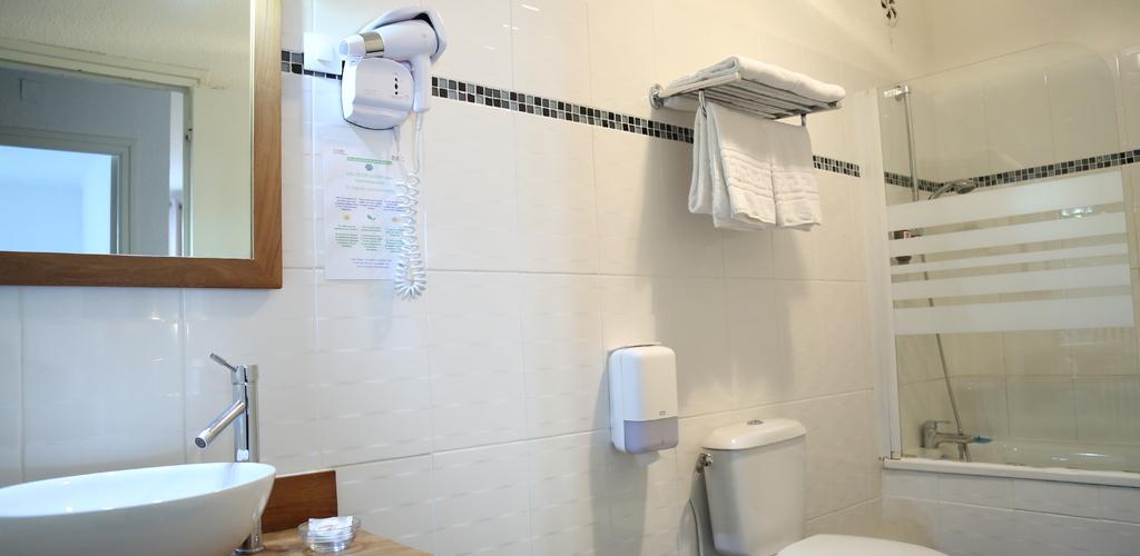 salle de bain © Hôtel Concorde Béziers