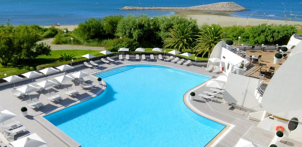 Hotel-Grande-motte-piscine-ext Hôtel Les Corallines