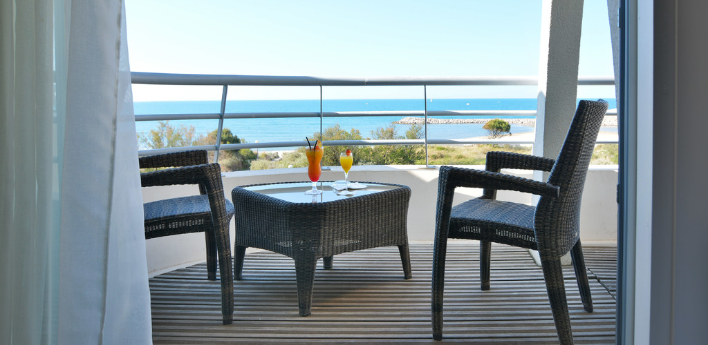 Photo-3---Terrasse-Chambre-Superieure-Thalasso---Spa-Les-Corallines-Grande-Motte Hôtel Les Corallines