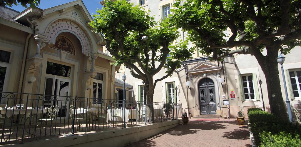 Ente¦üe principale hôtel des thermes - entrée principale