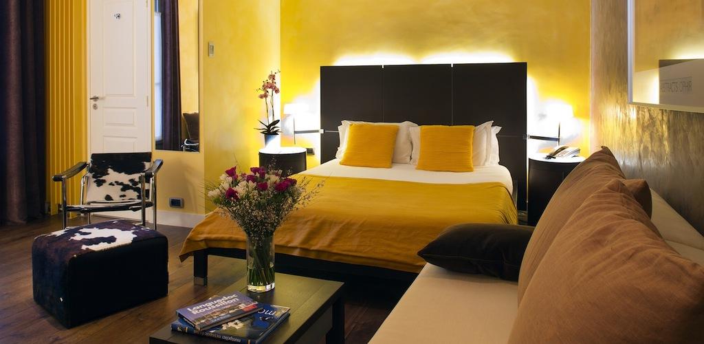 6 HOTEL DES ARCEAUX