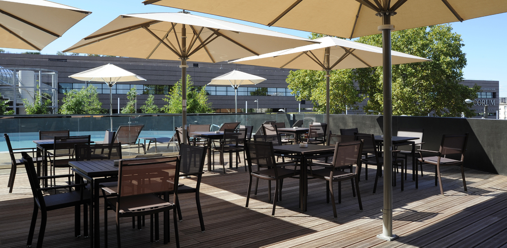 Crowne Plaza - Terrasse Piscine 02 - Tosi HD N.TOSI