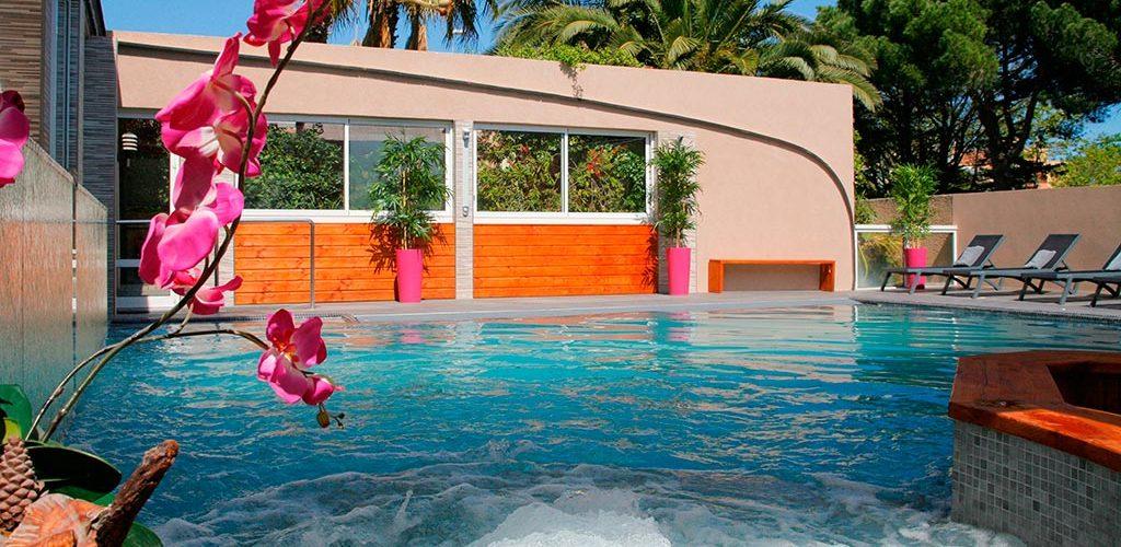 Hôtel Gil de France, hôtel 3* au Cap d'Agde - La piscine Hôtel Gil de France