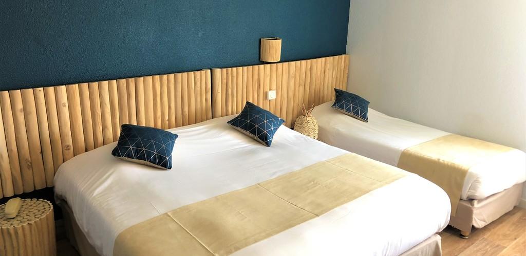 Hotel les Grenadines CHAMBRE TRIPLE 208 Hôtel Les Grenadines - Le Cap d'Agde