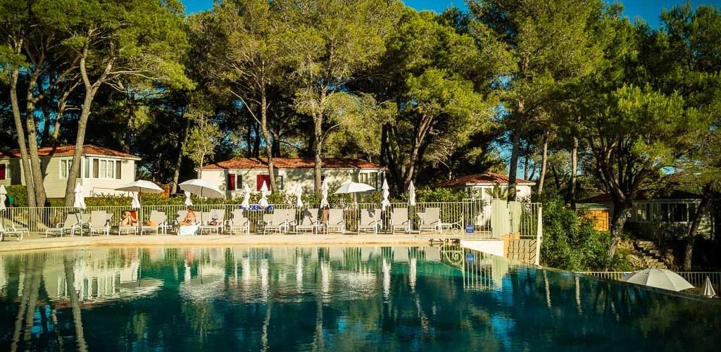 Camping résidentiel La pinède-Castelnau de Guers_10 Sud de France Développement