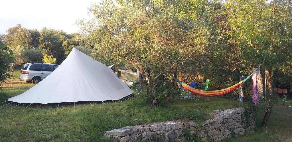 camping damais