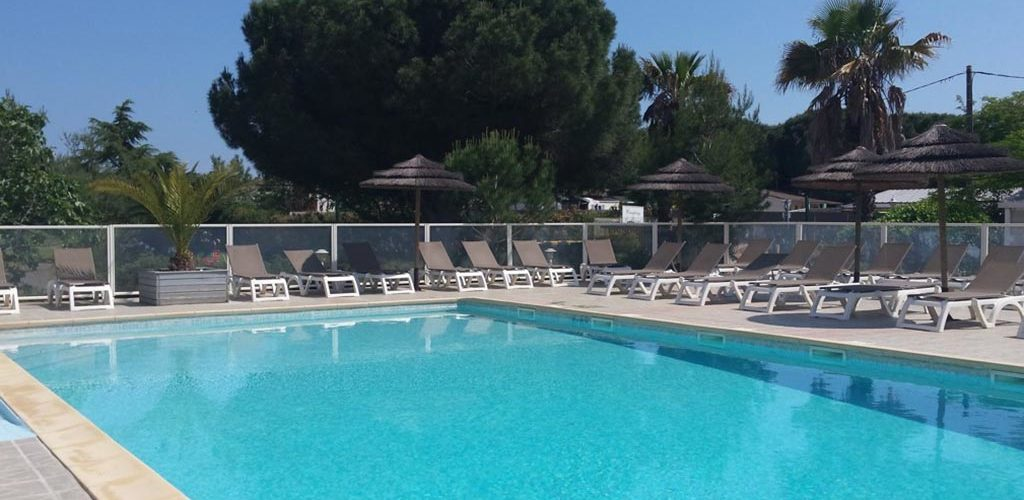 Camping Les Roches d'Agde*** à Agde - La piscine 2020-Camping Les Roches d'Agde