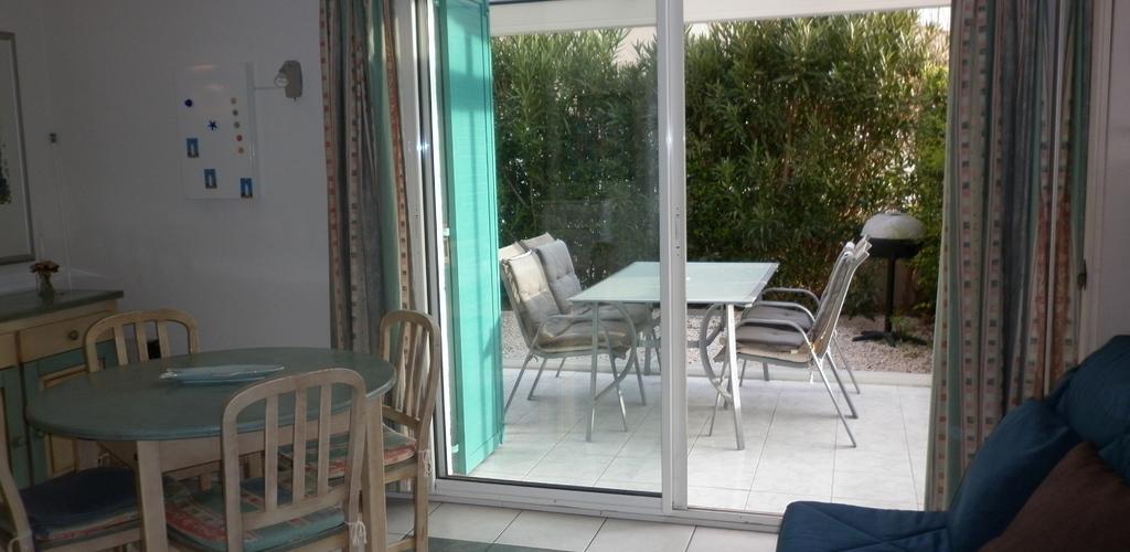 Résidence Les Toscanes au Cap d'Agde - Séjour terrasse Azura Agency