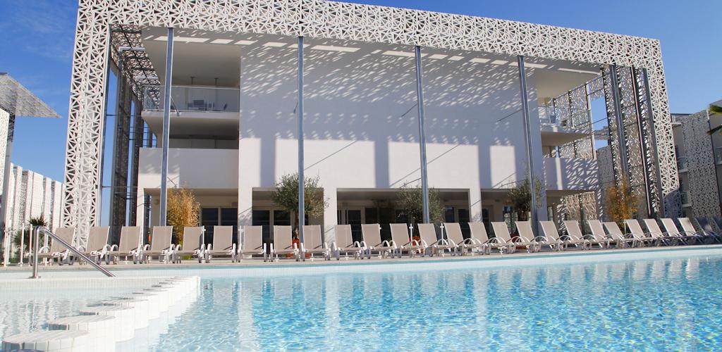 Résidence Odalys Prestige Nakâra - La piscine Résidence Odalys Prestige Nakâra