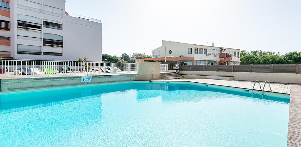 Résidence Vacancéole Le Saint Clair ** au Cap d'Agde - La piscine 2019-Vacancéole-OT Cap d'Agde Méditerranée