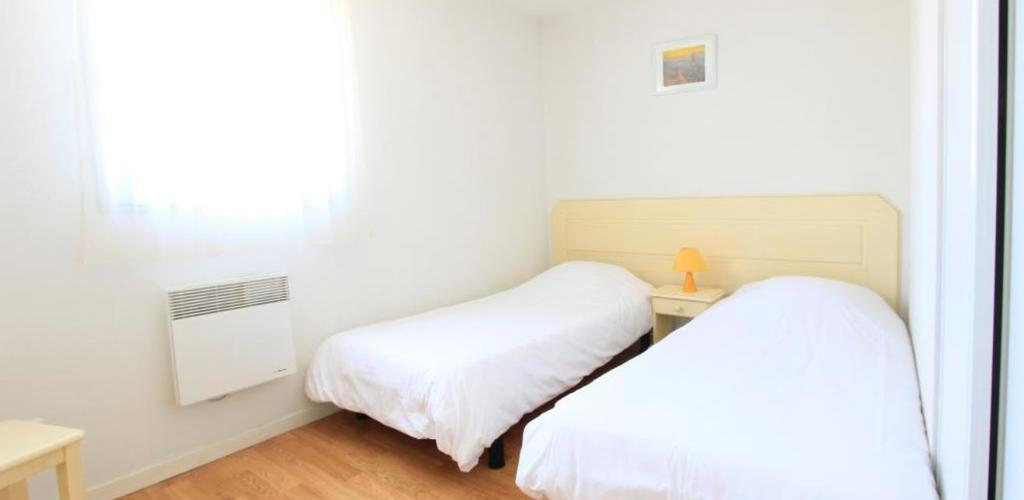 MC-chambre-2lits-simples Locabed