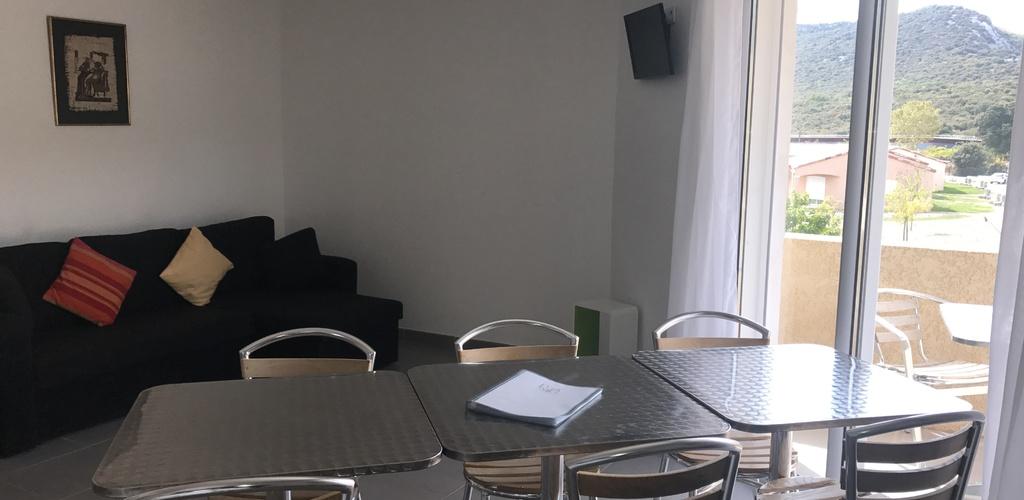 T3 salon cuisine Park and suites