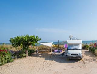 aire-camping-car-vue-mer Cp FARRET