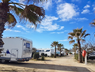 aire-camping-car-beach-farret-vias-2 Cp FARRET