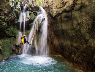 Vis 1 canyon guide OT 2018 Bureau des Moniteurs
