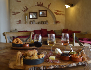 plateau mixte, bar à vins les jeudis soir mas dieu village montarnaud