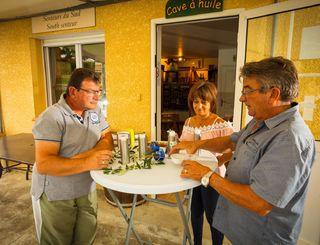 Fleur d'olive-Nissan Lez Enserune_8 2017 - Hervé Leclair_Asphéries - Sud de France Développement