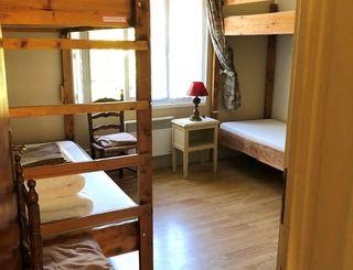 Gîte Le Refuge de Nebuzon - La Bruyère, 4 places Le Refuge de Nebuzon