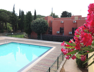 Hôtel Tennis International ** au Cap d'Agde - Piscine Hôtel Tennis International - Cap d'Agde