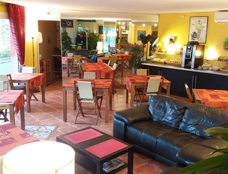 Hôtel Tennis International ** au Cap d'Agde - Salle petit-déjeuners Hôtel Tennis International - Cap d'Agde