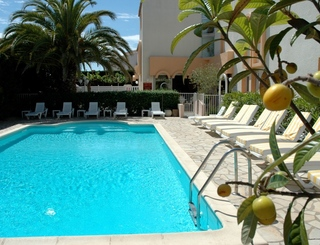 Hôtel Azur-La piscine Hôtel Azur