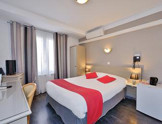 AZUR HOTEL BALARUC LES BAINS PATRICK EOCHE