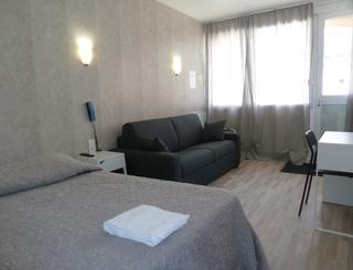 04_Hotel_Vila_Chambre_Superieure ©-2019-Hôtelvila-otfrontignan