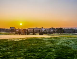Quality Hôtel du Golf coucher du soleil exterieur