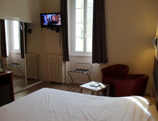 Chambre 4 Hôtel des thermes - chambre 4