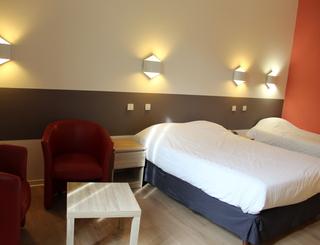 Chambre 2 Hôtel des thermes - chambre 2