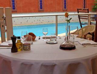 logis herault - hotel de la paix - piscine 2 logis herault - bruno garcia