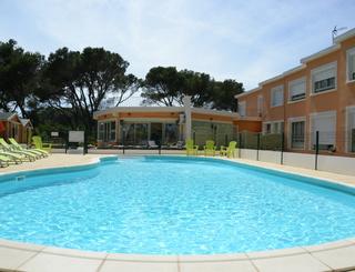 Les Rocailles Piscine Montagnac Hôtel Les Rocailles