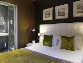 10 HOTEL DES ARCEAUX