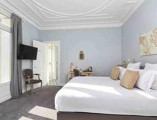 Hôtel Saint Alban*** à Nézignan l'Evêque - Chambre deluxe 2019-David Grimbert - OT Cap d'Agde Méditerranée