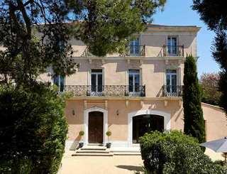 Hôtel Saint Alban*** à Nézignan l'Evêque - La façade de l'hôtel 2019-David Grimbert - OT Cap d'Agde Méditerranée