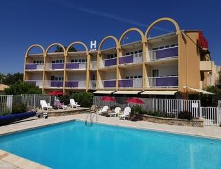 Hotel Piscine © Hotel Albizzia Valras