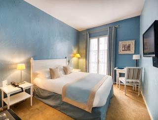 Sade-12-01 Hôtel d'Aragon