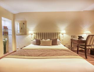 Petrarque-02-03 Hôtel d'Aragon