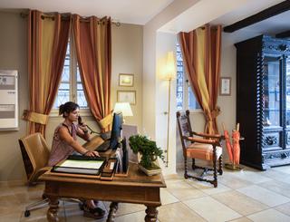 AZ2I9231-1 Hôtel d'Aragon