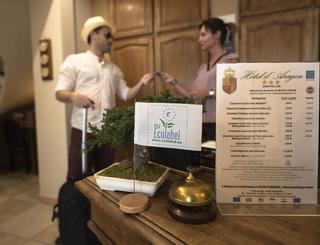 AZ2I9216 Hôtel d'Aragon