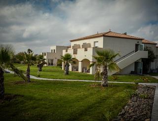 Hotel de la Pyramide-Mèze_1 Sud de France Développement