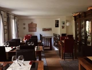 Salle du restaurant Guilhaume d'Orange
