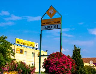 HOT-HOTEL PREMIÈRE CLASSE-MAUGUIO-8 ©Hôtel Première Classe
