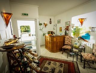 Hostellerie Le vieux chêne-Causse de la Selle_11 Sud de France Développement