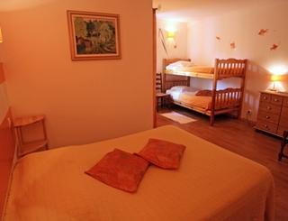 Hostellerie le Vieux Chêne - Causse de la Selle - Chambre 2 - Logis © Logis de l'Hérault - Bruno Garcia