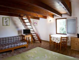 Hotel Bourrel Chambre familiale Hotel Bourrel Truscas